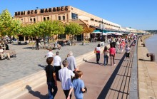 Bordeaux Quai des Marques